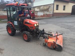 Traktor KIOTI CK22 HST